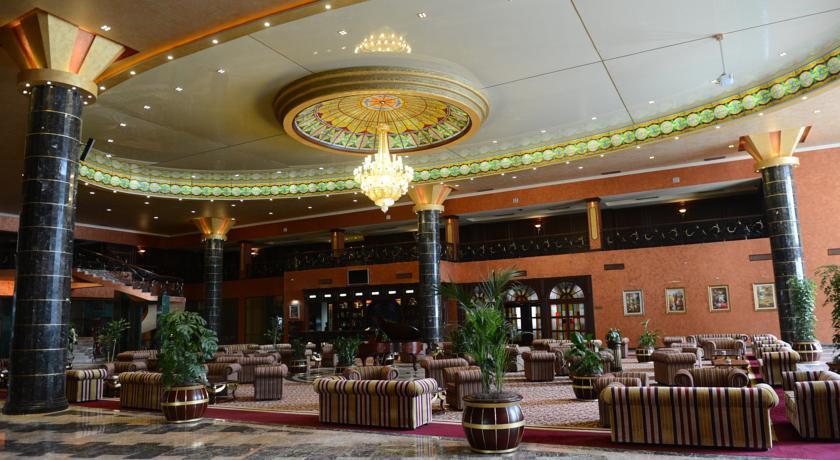 Адрес казино голден пелес москва казино в здании речного вокзала