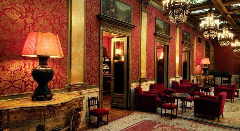 какие киноленты снимали в римском гранд отеле плаза