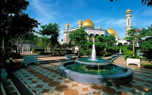 Бруней Едем в Бруней asia00137