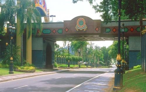 Бруней Едем в Бруней asia00141