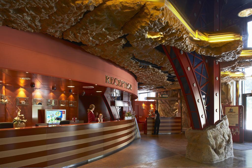 Casino korona kranjska gora program