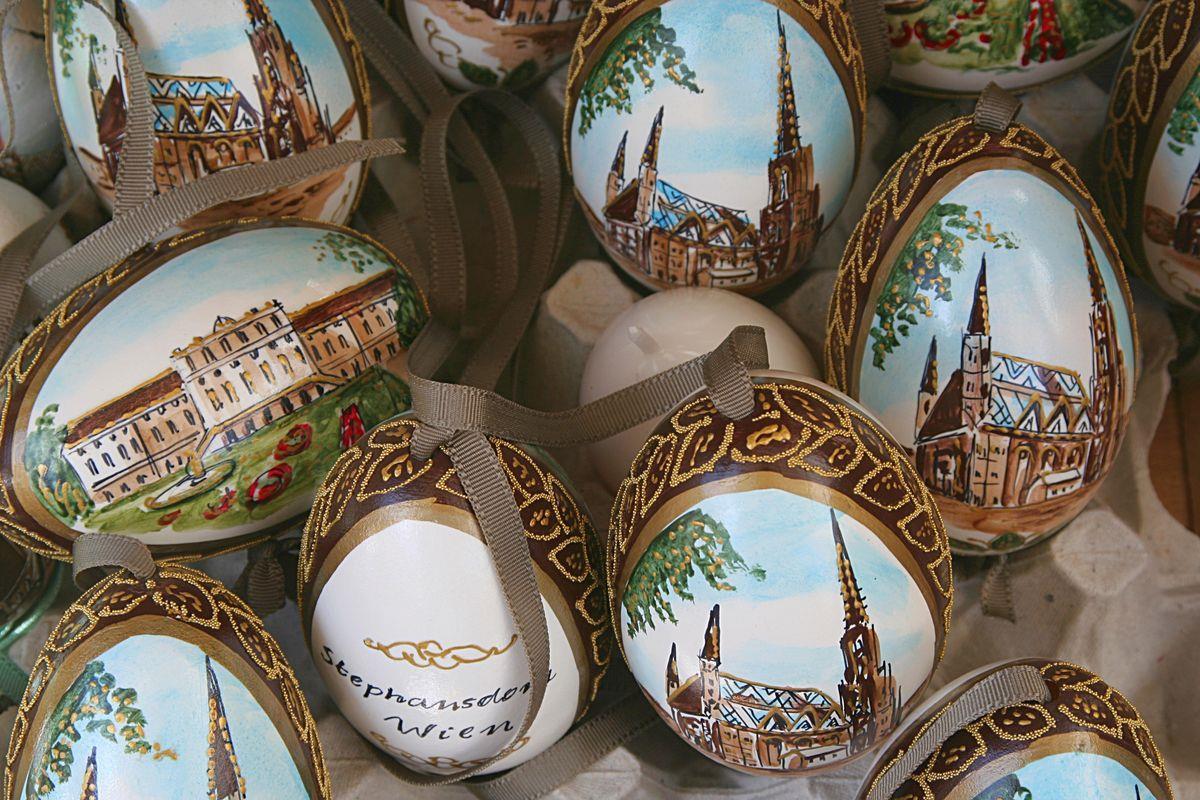 Paint eggs