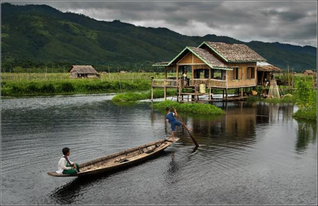 Myanmar_Inle_lake