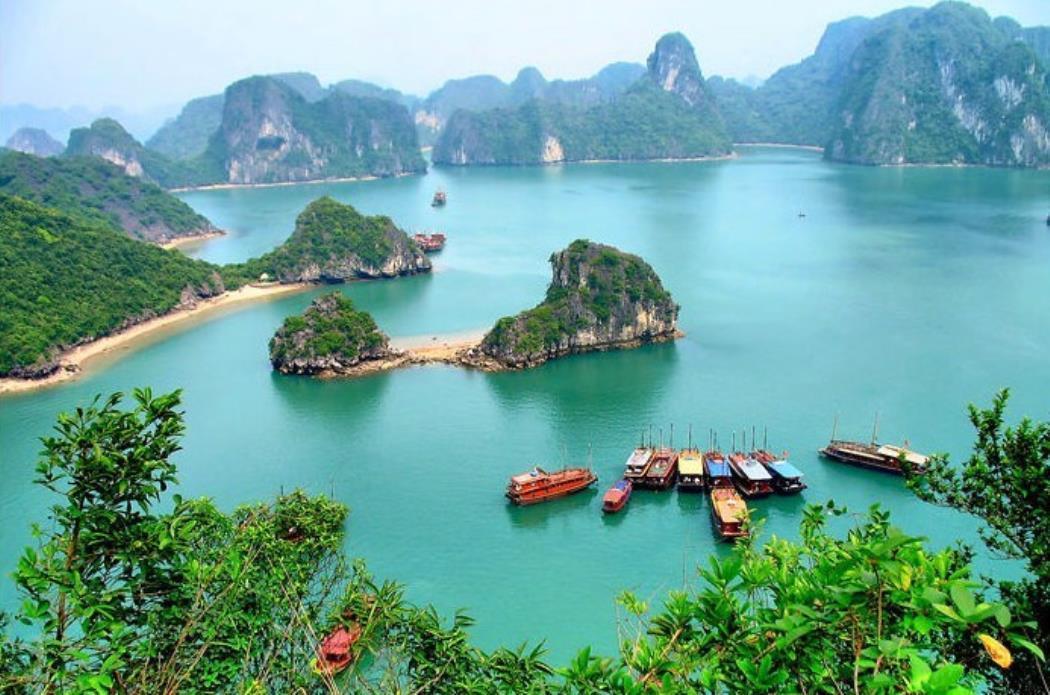 Vietnam_Halong_bay