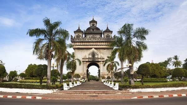 Laos_patuxay