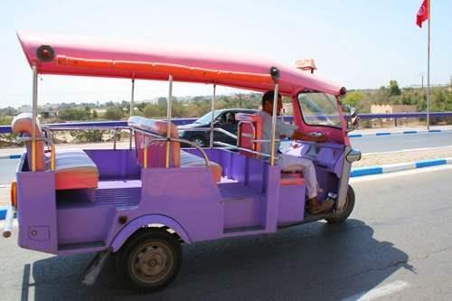 Tunisian_taxi_2