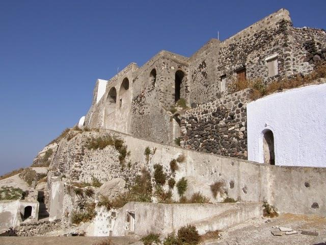 Greece_Santorini_landmarks_5
