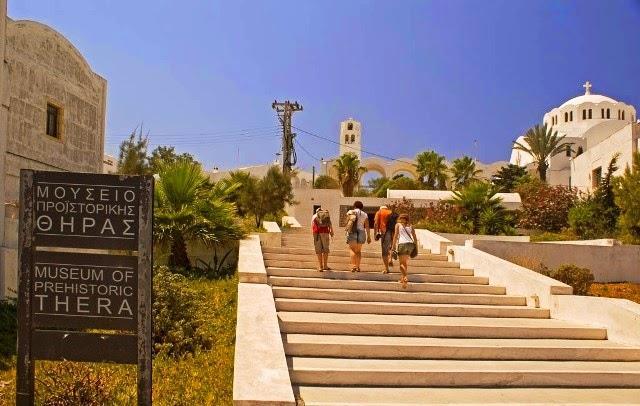 Greece_Santorini_landmarks_6