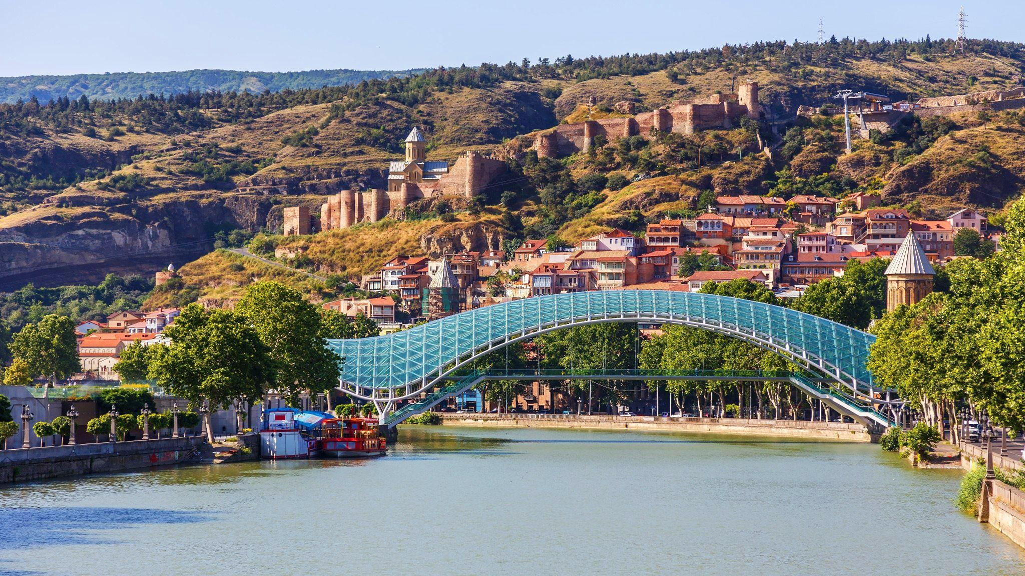 12_reasons_to_visit_Tbilisi_1