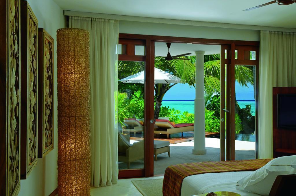Constance Halaveli Resort Maldives