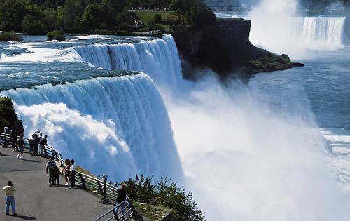 Canada_waterfall