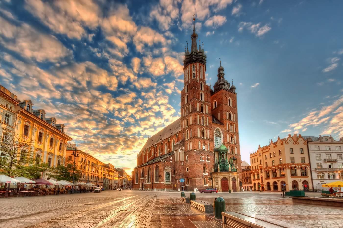 Отличная красота на площадях Польши